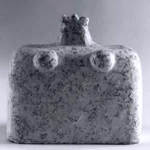 """""""Idol 2"""", gebrannter Ton, Engobe, 10x12cm, 2000, Anna Hafner"""