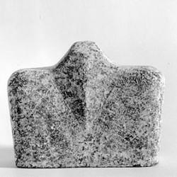 """""""Idol 4"""", gebrannter Ton, Engobe, 10x13cm, 2000, Anna Hafner"""