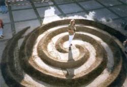 """""""Spirale """", Erde, Durchmesser 8m, 1999, Anna Hafner"""