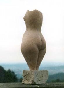 """Torso"", Terrakotta, Engobe, 52x30cm, 1996, Anna Hafner"