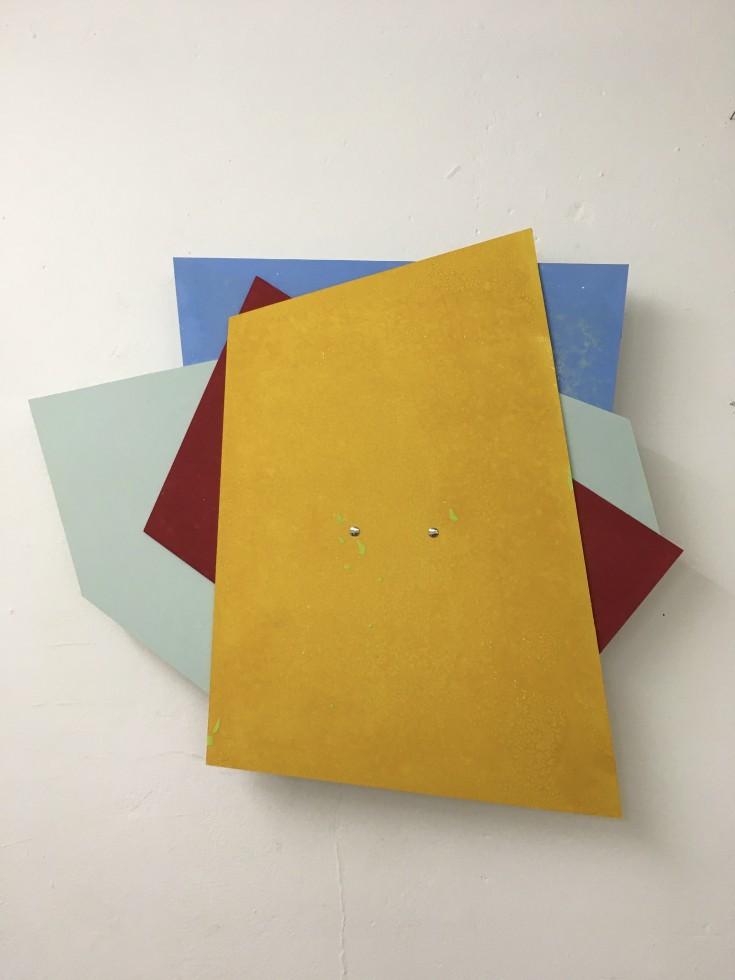 Sabine Sulz, 2020, MONTAG, DIENSTAG…, Pappobjekt, ca. 60 x 60 cm, Druckgrafik