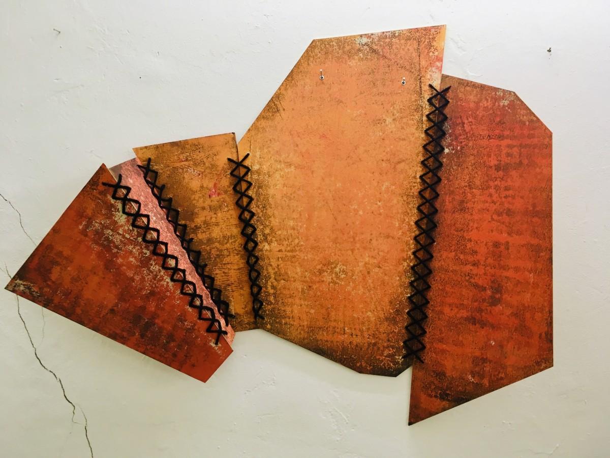 Sabine Sulz, 2019, SUBJECT, Pappobjekt, ca. 70 x 120 cm, Druckgrafik